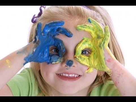 بازیگوشی کودک راهی برای جلب توجه