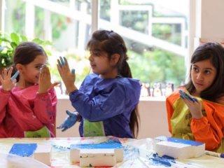 برگزارى كلاس هاى آموزش تخصصى خلاقيت و هنر